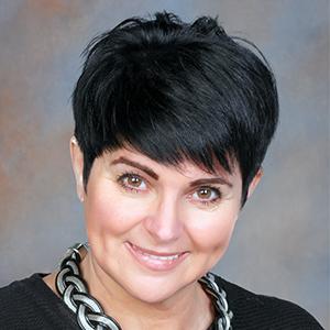 Dr. Tuboly Marianna