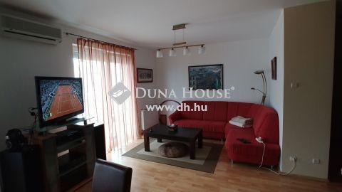 Eladó Lakás, Budapest 13. kerület - Teve-házban lakás akár teremgarázs beállóval eladó