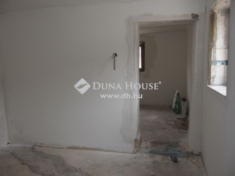Eladó Ház, Bács-Kiskun megye, Kiskunfélegyháza - Teljesen leválasztott házrész az öreg Bankfaluban