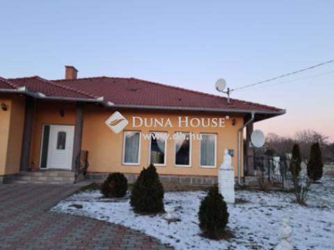 Eladó Ház, Fejér megye, Ercsi - Spar környéke