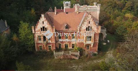 Eladó Ház, Vas megye, Mikosszéplak - Felújítandó kastély a Balaton és a Zalai dombság közelében