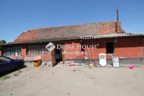 Eladó Ház, Bács-Kiskun megye, Fülöpszállás - Frekventált helyen, 80 m2-es ház!