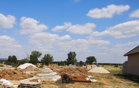 Eladó Ház, Veszprém megye, Veszprém - Gyulafirátót