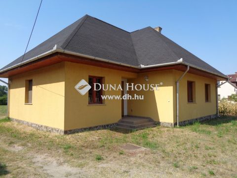 Eladó Ház, Bács-Kiskun megye, Páhi